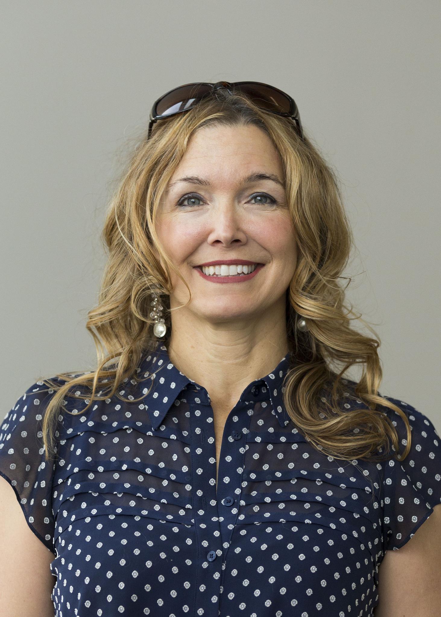 Ellen Moore, Chair, Faculty Council